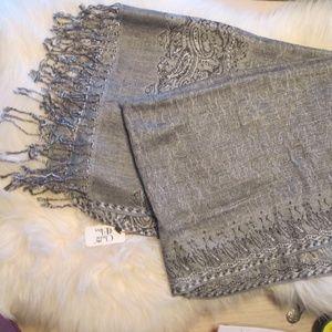 grey fashion scarf with paisley design NWT  (box13
